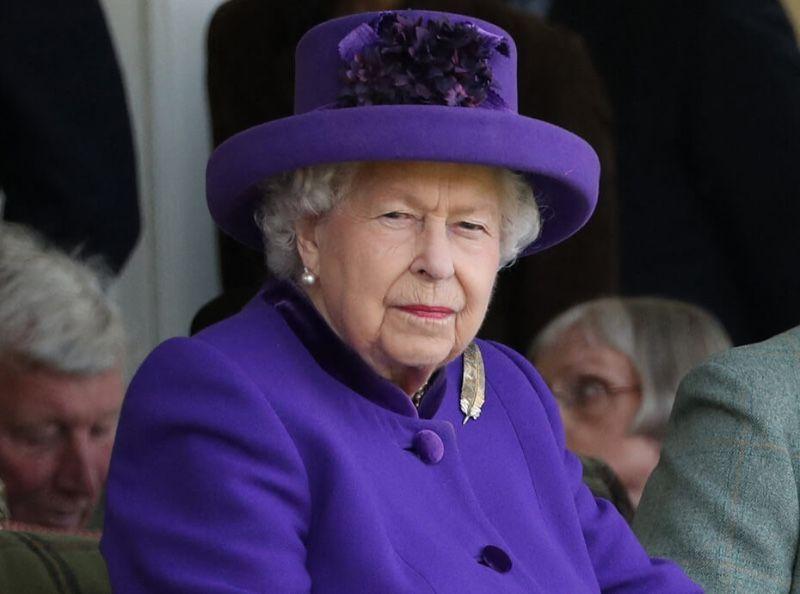 Elizabeth II radine ? Ces détails qui choquent les invités à Buckingham Palace