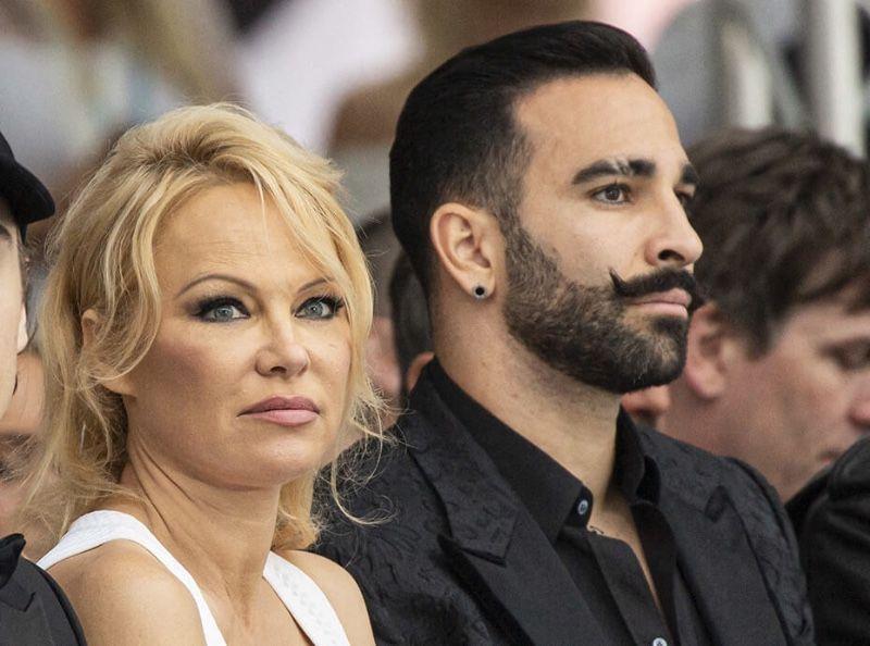 Pamela Anderson : invitée à un talk-show américain, elle balance encore sur Adil Rami