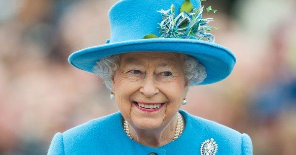 6 choses que nous apprend le livre de la styliste d'Elizabeth II