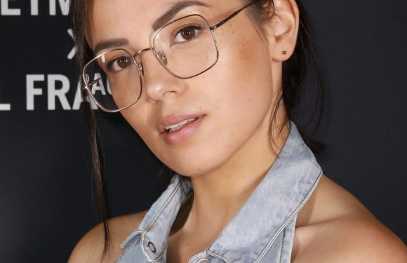 "Agathe Auproux pose au naturel : ""Cicatrice, imperfections, tâches, fatigue…"""