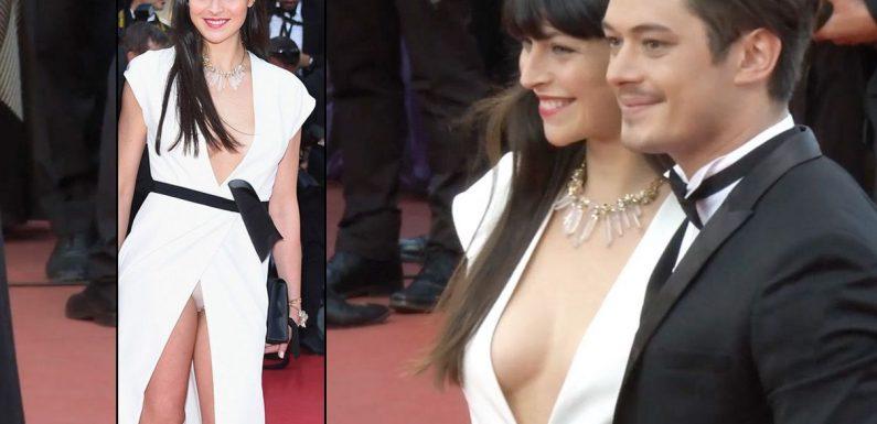 Exclu Vidéo : La compagne d'Aurélien Wiik nous montre sa petite culotte sur la montée des marches de Cannes !