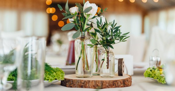 Nos conseils pour réaliser soi-même la décoration florale de son mariage