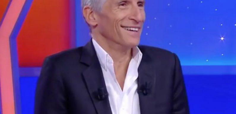 """Nagui dérape avec une blague déplacée sur la mort de Claude François dans """"Tout le monde veut prendre sa place"""""""