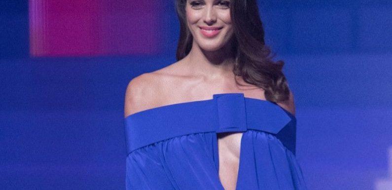 Photos : Iris Mittenaere sosie de cette star de la série Desperate Housewives ? Cliché à l'appui, elle demande l'avis de ses fans !