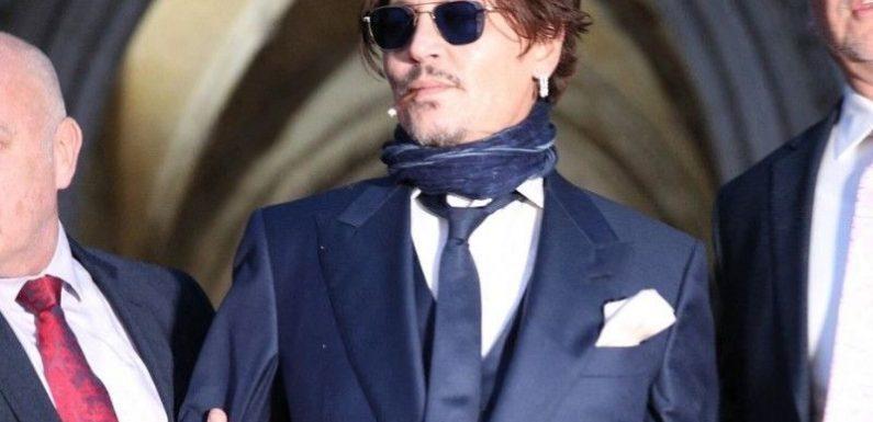 Amber Heard a frappé Johnny Depp avec une porte !