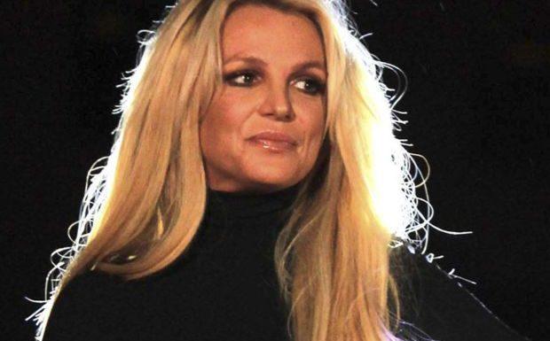 Britney Spears: ses fans accusent son père Jamie d'abus sur sa personne, il sort du silence
