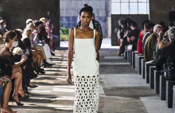 Valentino clôture en beauté la Fashion Week de Milan