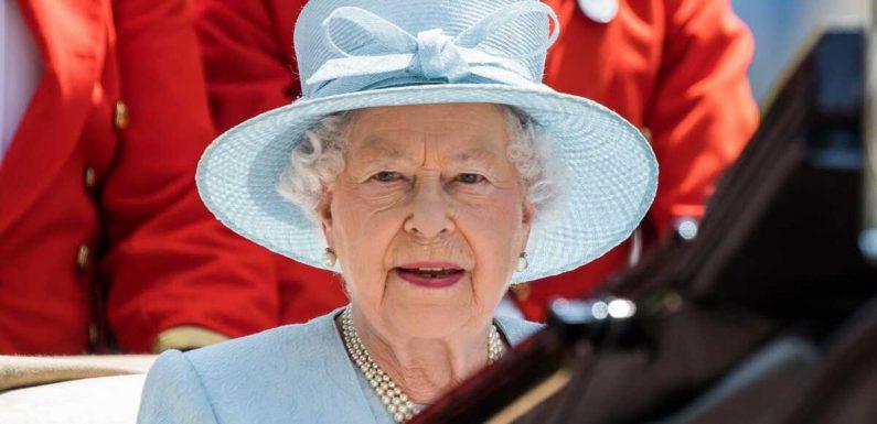 Elizabeth II : ce mystère qui entoure son alliance