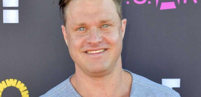 Zachery Ty Bryan : l'enfant star de la série Papa Bricole a été arrêté après avoir tenté d'étrangler sa compagne