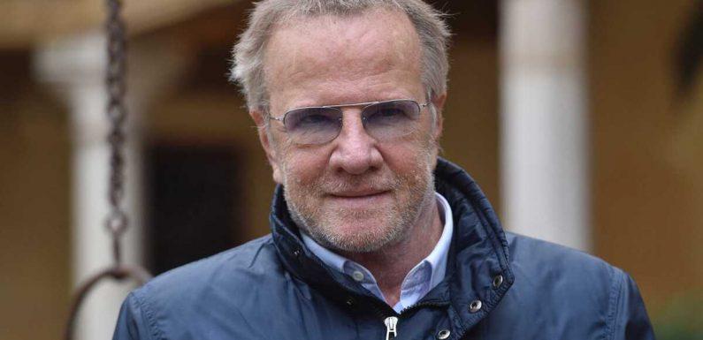 Christophe Lambert : pourquoi l'acteur n'enlève jamais ses lunettes