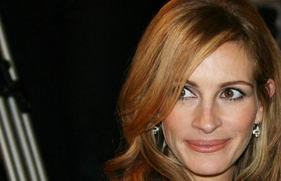 Des boucles de Pretty Woman au wavy signature : Retour sur les coiffures de Julia Roberts