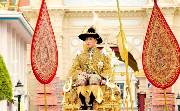 Roi de Thaïlande: qui est Srirasmi, la plus scandaleuse de ses ex-épouses?