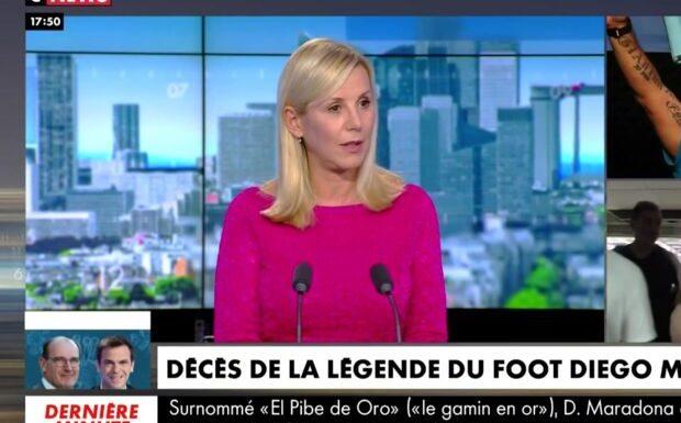 VIDEO – Emotion chez Laurence Ferrari après la mort de Maradona: «Comme si on mettait des énarques sur un terrain de foot»