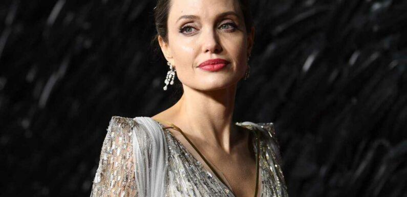 Angelina Jolie réconciliée avec son père : pourquoi étaient-il fâchés ?