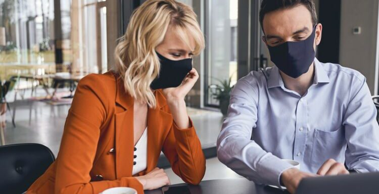 Covid-19 : une étude explique pourquoi le masque seul ne suffit pas pour se protéger