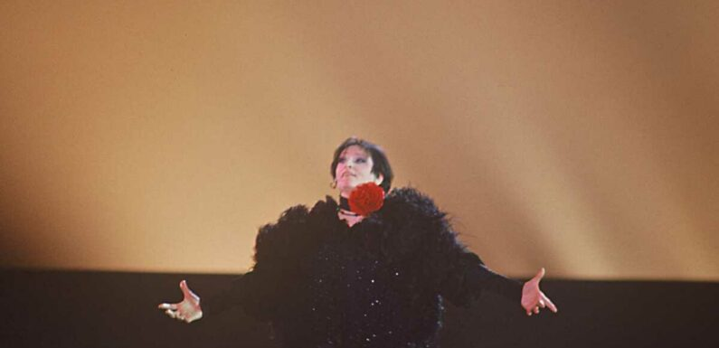 """La chanteuse Barbara victime d'inceste : """"mon univers a basculé dans l'horreur"""""""