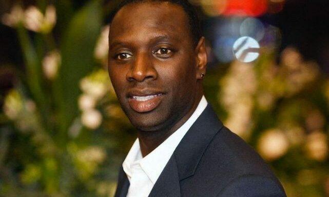 """Omar Sy dans le métro : il fait la promotion de """"Lupin"""" et passe incognito !"""