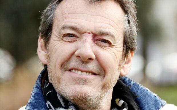Jean-Luc Reichmann poussé à bout par son «insupportable» grand-mère! Ses followers adorent