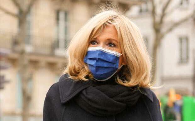 PHOTOS – Brigitte Macron et Sylvie Vartan réunies pour un ultime hommage à Pierre Cardin