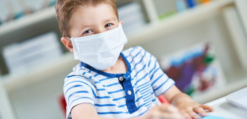 Ecole covid: tests salivaires et retour de vacances