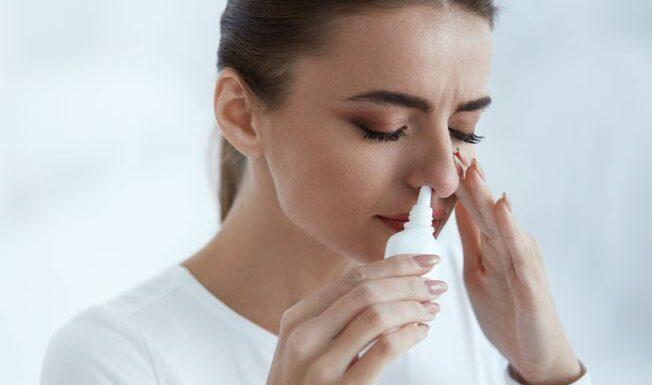 Covid-19 : un spray nasal pour se protéger du virus ? Oui, mais pas un remède miracle