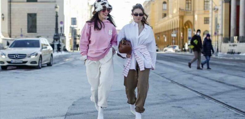 Ce jogging Zara réunit les 2 plus grandes tendances du moment et fait craquer tout le monde