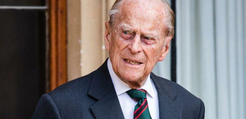 Le prince Philip, mari d'Elizabeth II, passera le week-end seul à l'hôpital