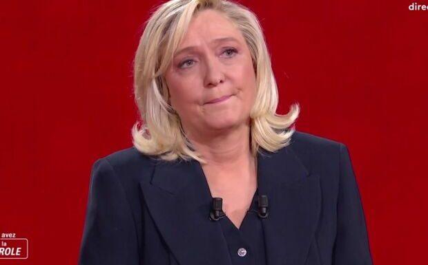 Marine Le Pen «était toute en chocolat», un conseiller d'Emmanuel Macron s'amuse de son changement de style