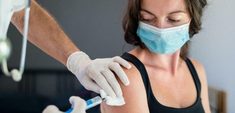 Coronavirus : Emmanuel Macron confirme l'ouverture à la vaccination pour tous les majeurs dès le 15 juin