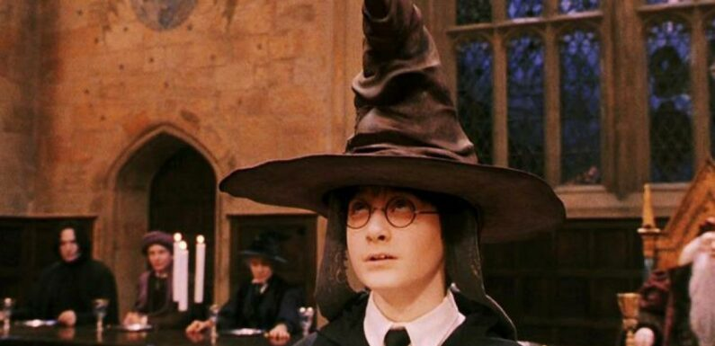 Harry Potter : Ce détail illogique prouve que le Choixpeau est capable de se tromper