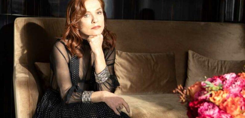Isabelle Huppert dévoile ses meilleures adresses Rive gauche à Paris   Vogue Paris