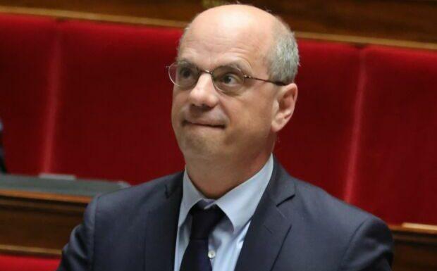 Jean-Michel Blanquer cas contact: le ministre a été placé à l'isolement