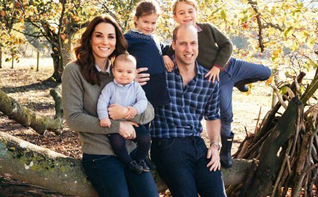 Le prince Louis fête ses trois ans: les internautes troublés par sa ressemblance avec son grand frère George