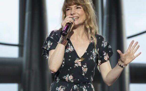 PHOTO Cécilia Cara entièrement nue: la chanteuse annonce une grande nouvelle
