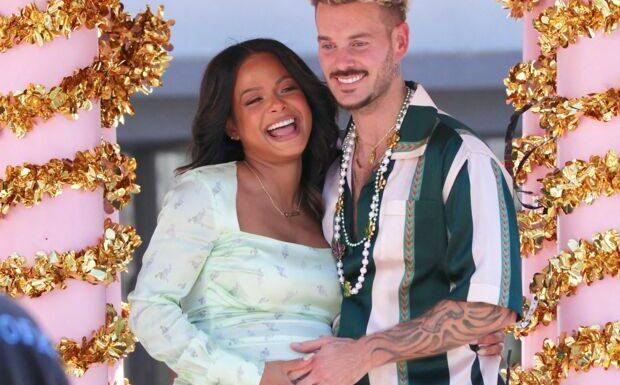 PHOTOS – Matt Pokora plus amoureux que jamais au bras de Christina, sa femme enceinte
