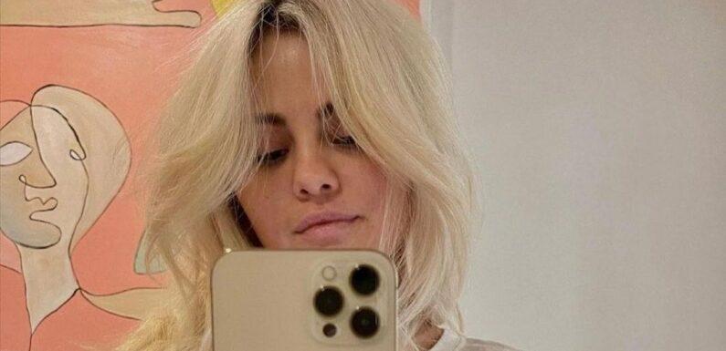 Selena Gomez devient blonde et récolte plus de 9 millions de likes sur Instagram en 24h   Vogue Paris