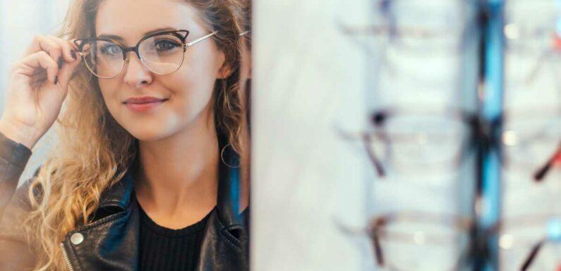 Tendances lunettes de vue 2021 : les modèles incontournables à adopter