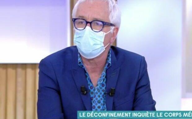 VIDÉO – «On est déconnecté de la réalité médicale»: le Pr Gilles Pialoux matraque Emmanuel Macron