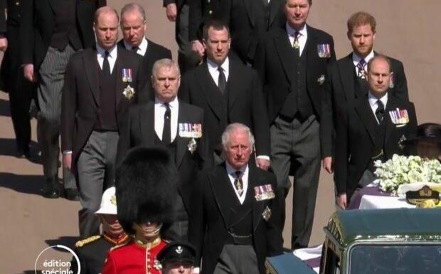 VIDEO Obsèques du prince Philip: le prince William et le prince Harry apparaissent pour la première fois ensemble