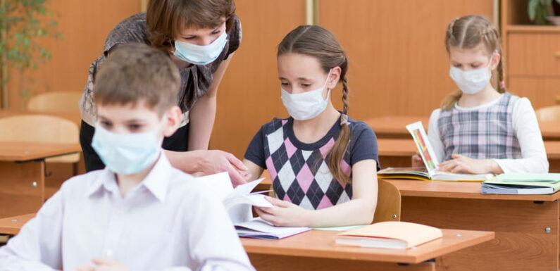 Vaccination des enseignants: la date repoussée en juin