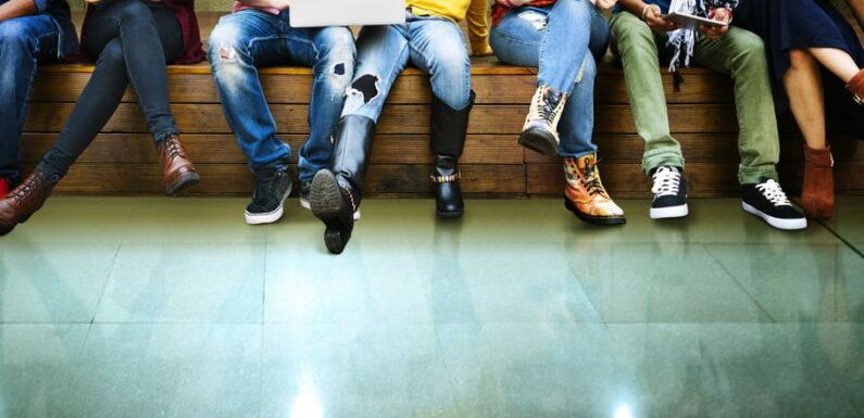 Absentéisme scolaire: vers la suspension des allocations familiales?