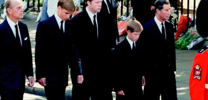 Mort du prince Philip : ce rôle clé qu'il a joué auprès de William et Harry lors des obsèques de Lady Diana