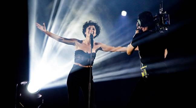 Barbara Pravi et le camp français sur un nuage après l'Eurovision