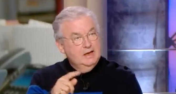"""Dominique Besnehard donne des nouvelles de la série """"Dix pour cent"""" dans Quotidien (VIDEO)"""