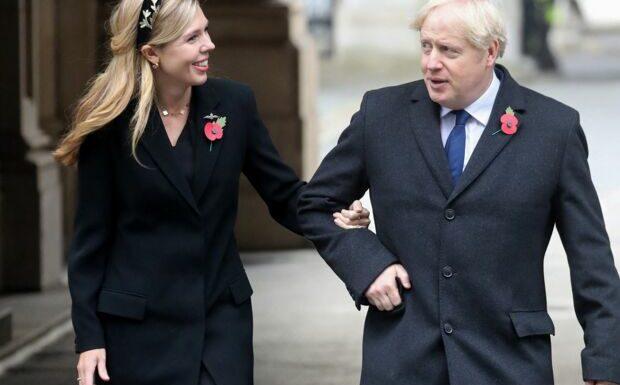 «Grossier et indélicat»: Boris Johnson et Carrie Symonds critiqués après leur mariage