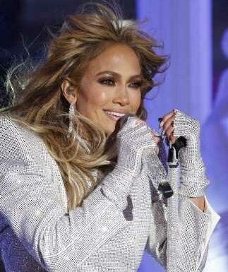 Jennifer Lopez célibataire : elle revoit Ben Affleck !
