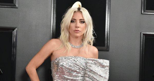 Lady Gaga révèle être tombée enceinte après avoir été violée à 19 ans