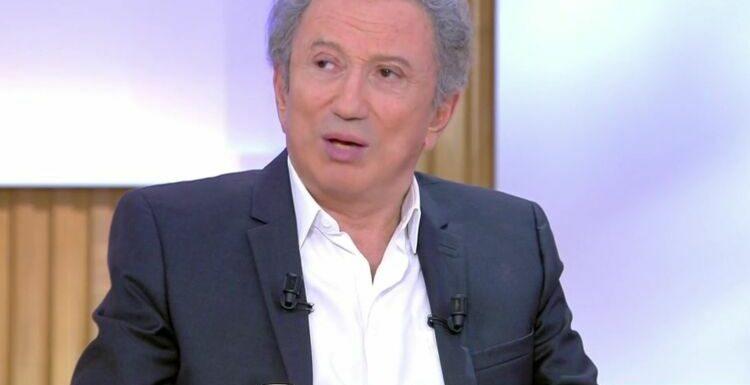 """VIDEO Michel Drucker révèle ses échanges avec Michel Delpech """"quelques heures avant"""" sa mort"""