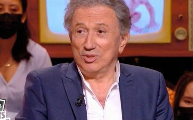 VIDEO «Tu reviens de loin»: Michel Cymes très surpris par le dossier médical de Michel Drucker