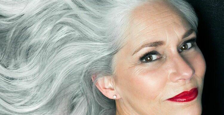 5 erreurs make-up à ne pas faire quand on a les cheveux blancs